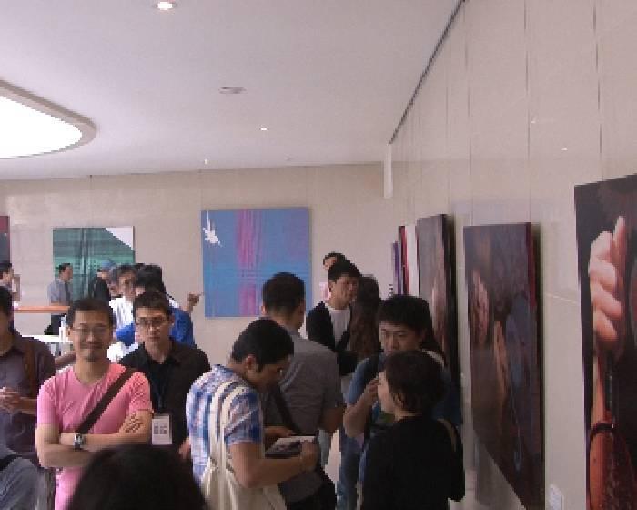 飛馳中迴廊@藝廊:【李政勳、李政穎雙人展】夏日午后,你正在發生....