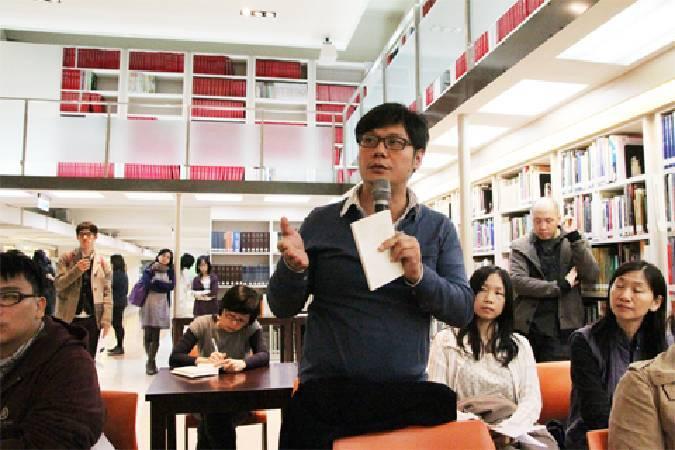 黃建宏於記者會上,要求北美館提供評審錄音資料。