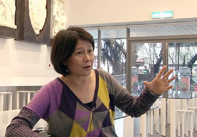 北教大教授林曼麗認為,在啟動藝術銀行前,要先檢討青年典藏計畫。