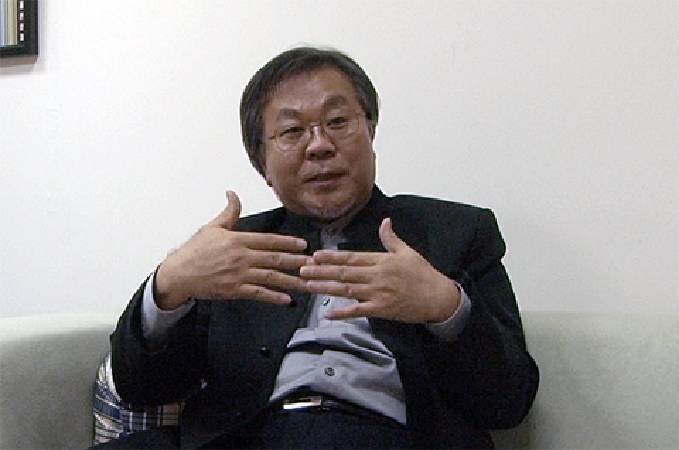 臺師大藝術學院院長李振明認為,藝術銀行將滾動臺灣藝術發展。