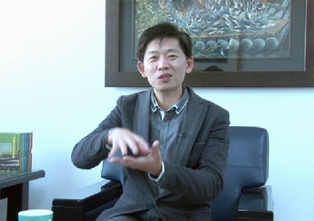 台南市文化局局長葉澤山,期盼南美館成為發動市民美感生活的藝文基地。
