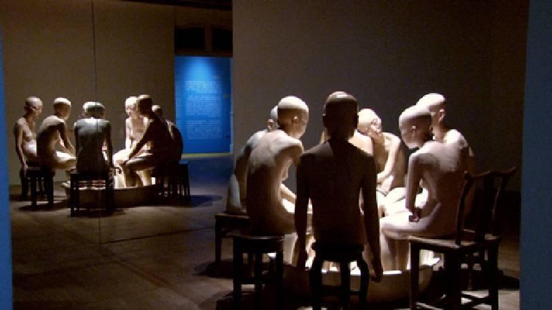 向京《一百個人演奏你?還是一個人?》。圖/非池中藝術網攝。