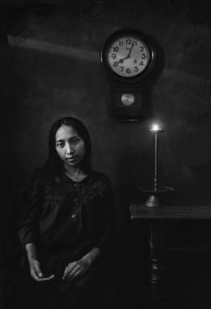 馮君藍《主的使女馬利亞:拍攝於郭曉雯姊妹離世前六日》。圖/國立台灣美術館提供。