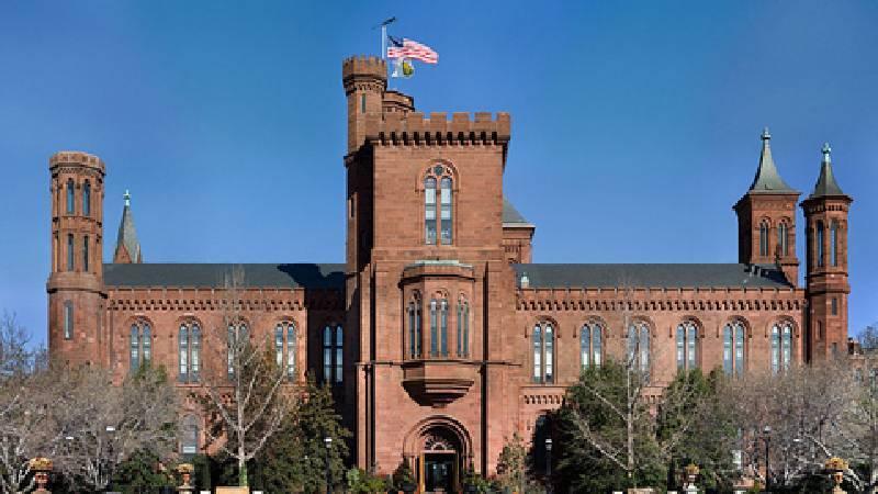 史密森尼學會總部大樓。圖/取自維基百科。