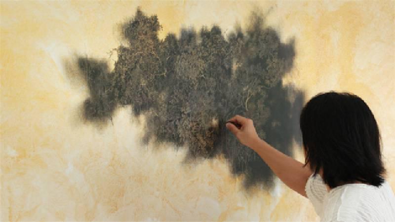 藝術家吳冠德。圖/非池中藝術網攝。