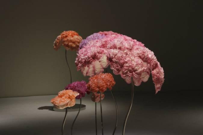 《明:生命之花—青春》。圖/非池中藝術網攝。