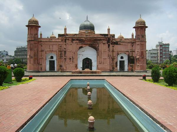 孟加拉地標拉爾巴格堡。圖/取自Wikipedia。
