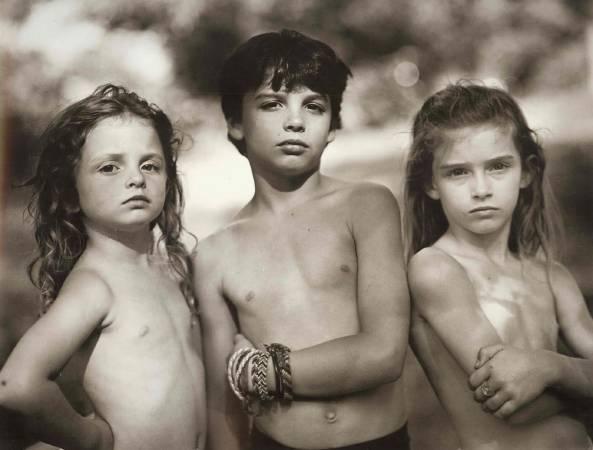 莎莉.曼三個子女。圖取自Representation。