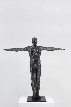 鄭路, 知己,139x53x140cm,不鏽鋼,2011