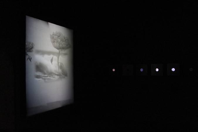 葉方《回憶的密碼(自畫像)》。圖/非池中藝術網攝。