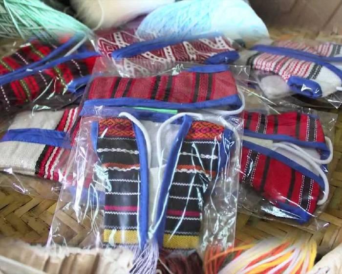 非池中藝術網 | 藝術線上學習─ 織布創作 連美惠