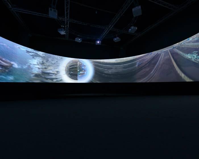國美館【馮偉中】西海岸異世界-360°錄像實驗