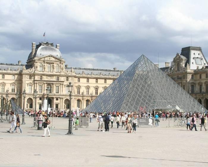 法國羅浮宮嚴防恐攻 本周再次撤離遊客