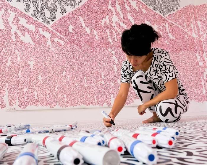 高雄市政府文化局【新加坡藝術家用150支麥克筆,塗好塗滿駁二倉庫!】
