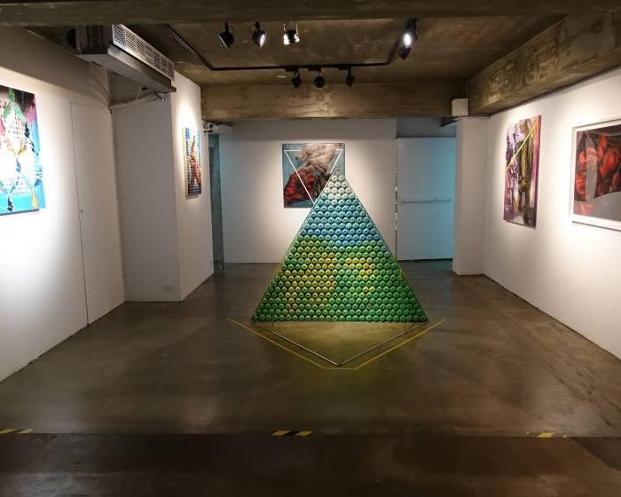 藝聚空間:【VASTAR個展】三角關係