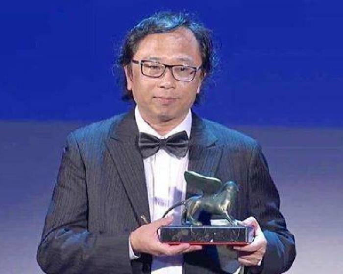 【台灣藝術家黃心健抱回首座 威尼斯影展VR競賽片金獅獎】期待黃心健明年3月在采泥藝術的個展