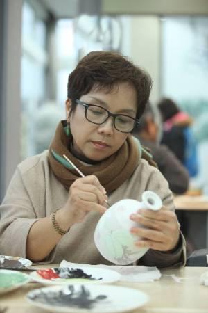 藝術家莊桂珠個照