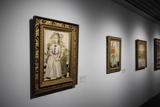 北師美術館「日本近代洋画大展」一景。藤田嗣治作品。圖/非池中藝術網攝。