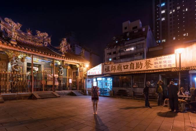 Manka Qingshan Temple 艋舺青山宮|Inkjet Print 藝術微噴、相紙輸出|125x83.3cm|2017
