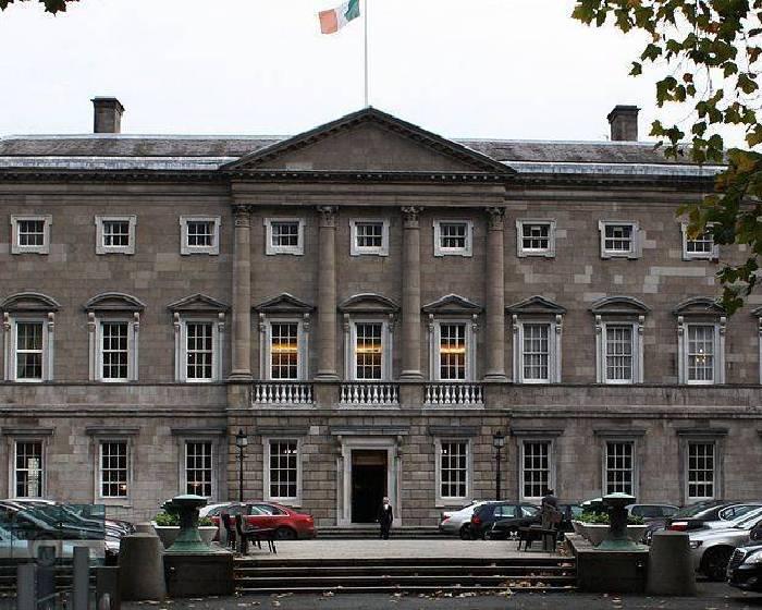 愛爾蘭國會 弄丟21件藝術品