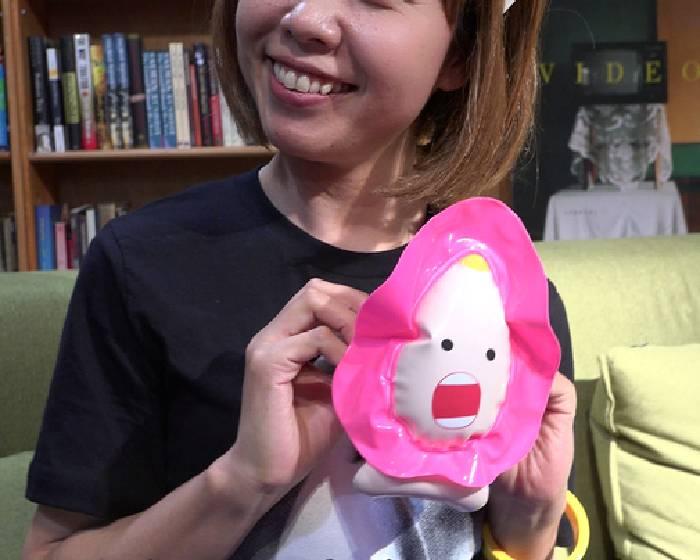 「陰道小艇」  日本藝術家又被警方拘留