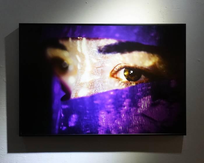b. LAB 基礎實驗:【范格斯攝影雙城展】「光」&「蕈」