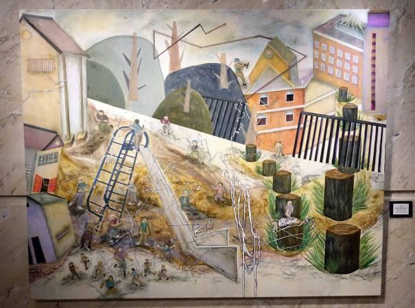 張純敏,家庭風景-盡情奔跑的美好,丙烯、粉彩、畫布,2013年。