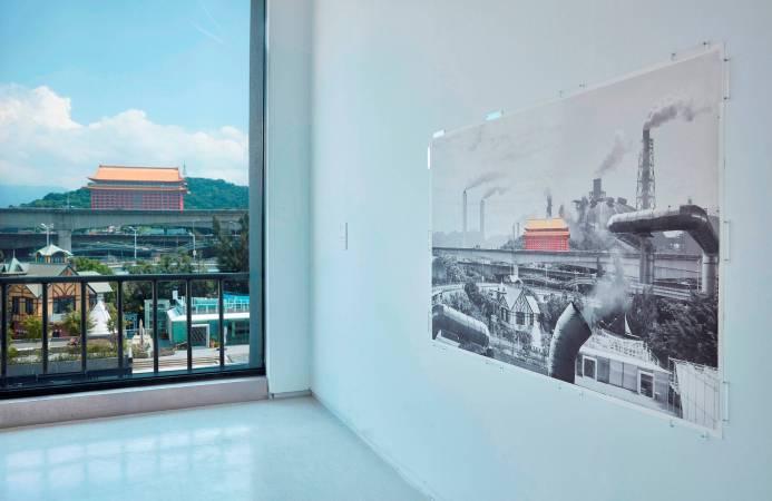 林泰州及PM2.5影像行動小組《我身體就是空污監測站》。圖/台新藝術獎提供。