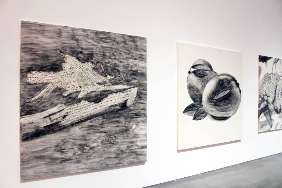 蔡佳葳,《 紀念詩人余光中(1928-2017)-埔里甘蔗(左)、芒果(右)》,2018。圖/非池中藝術網攝。