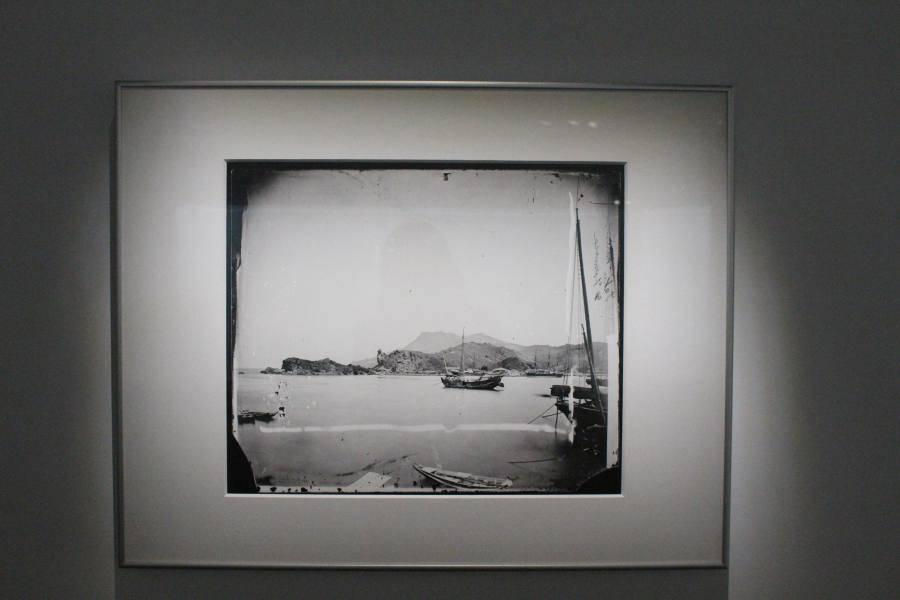 約翰‧湯姆生為19世紀打狗港留下影像。圖/非池中藝術網攝。