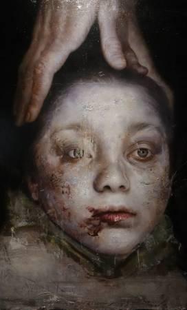 羅展鵬,《敘利亞的白衣少年》細部,油彩畫布。圖/非池中藝術網攝。