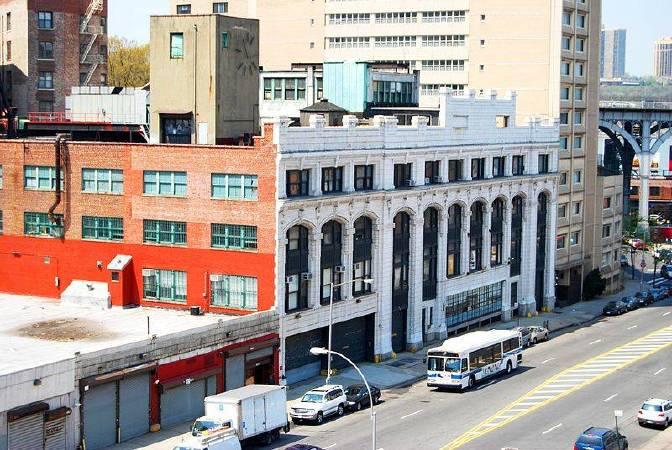 哥倫比亞大學Prentis Hall一景。圖/取自Wikimedia。