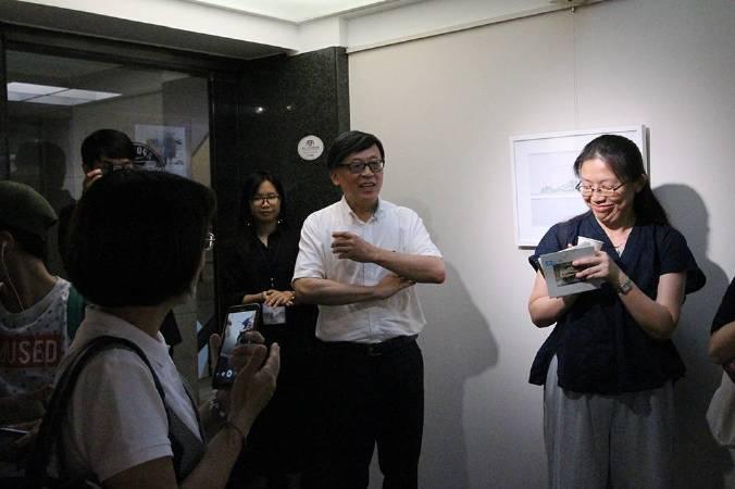 國立歷史博物館前館長張譽騰開幕到場