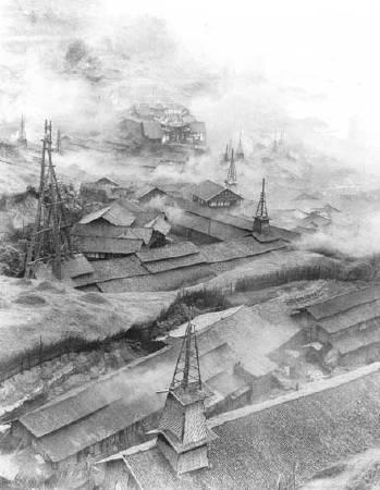 郎靜山,《華溪鹽井》。圖/取自wikimedia