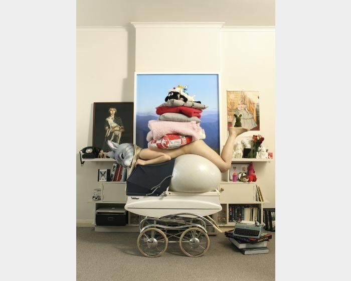 王建揚-澳洲宅系列— 兔子疊疊樂