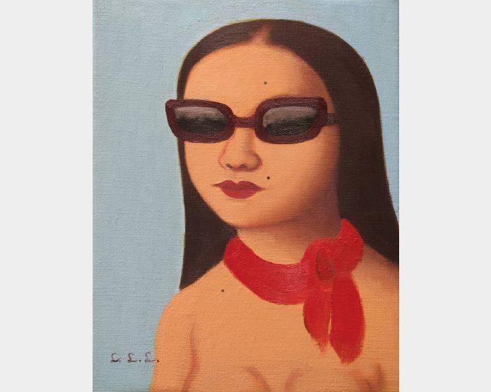 c-01墨鏡與紅絲巾