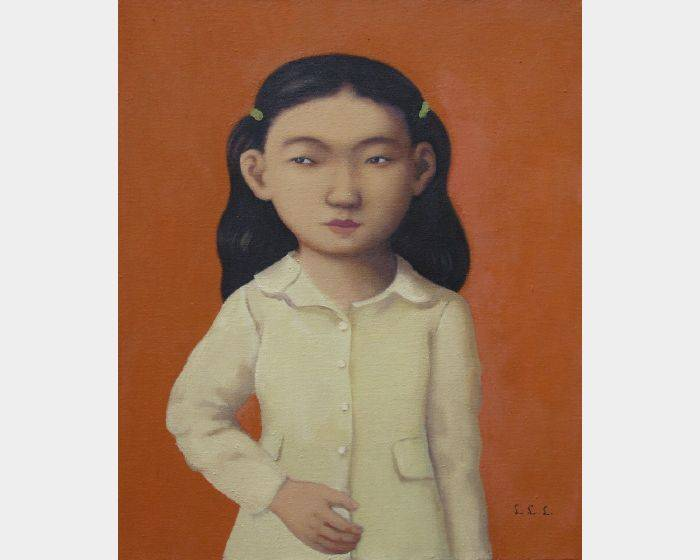 d-16穿米黃外套的小女孩