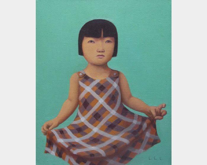 d-01 拉裙子的女孩