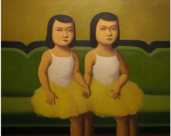 穿芭蕾舞衣的雙胞胎