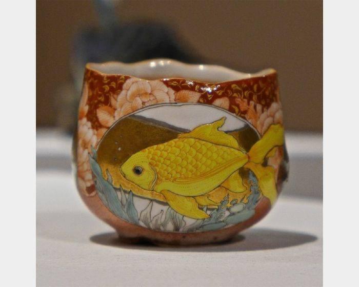 牟田 陽日-金魚茶杯