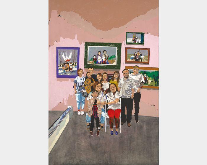 在台北藝術博覽會媽說想拍張全家福