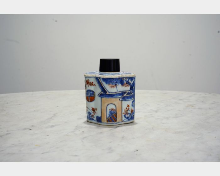 伊萬里風格茶罐