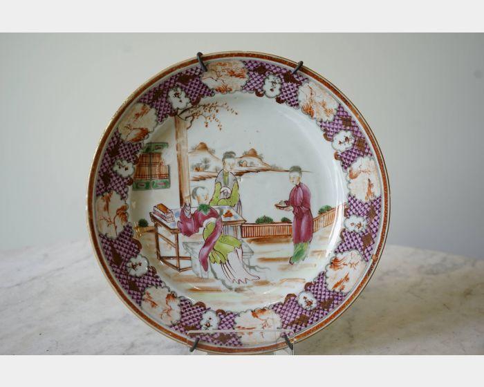粉彩人物瓷盤