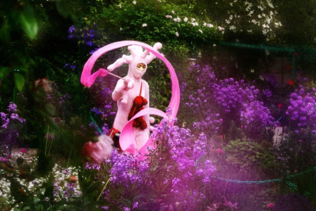 葉怡利 - Kuso-小粉紅在莫內花園 kuso-Pink in Monet's garden