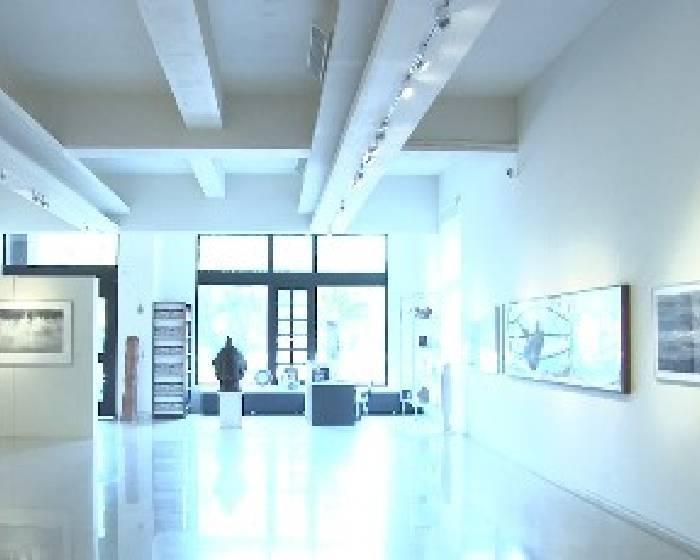 東門美術館:【行吟】 黃東明影像創作展