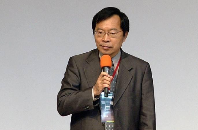 文化部7主管異動,前藝術發展司長許耿修接任台灣工藝研究發展中心主任。
