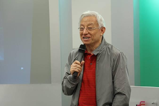 聯華電子榮譽董事長曹興誠致詞。圖/非池中藝術網
