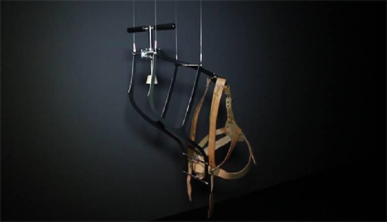 劉瀚之,《看領帶》。圖/非池中藝術網攝。
