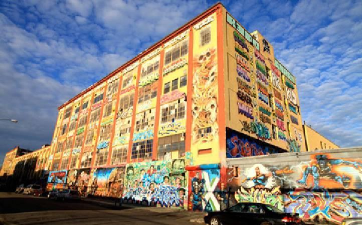塗鴉的麥加聖地5 Pointz。圖取自5 Pointz官網。