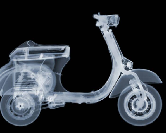 Bluerider ART:【The X-Man】Nick Veasey  Exhibition